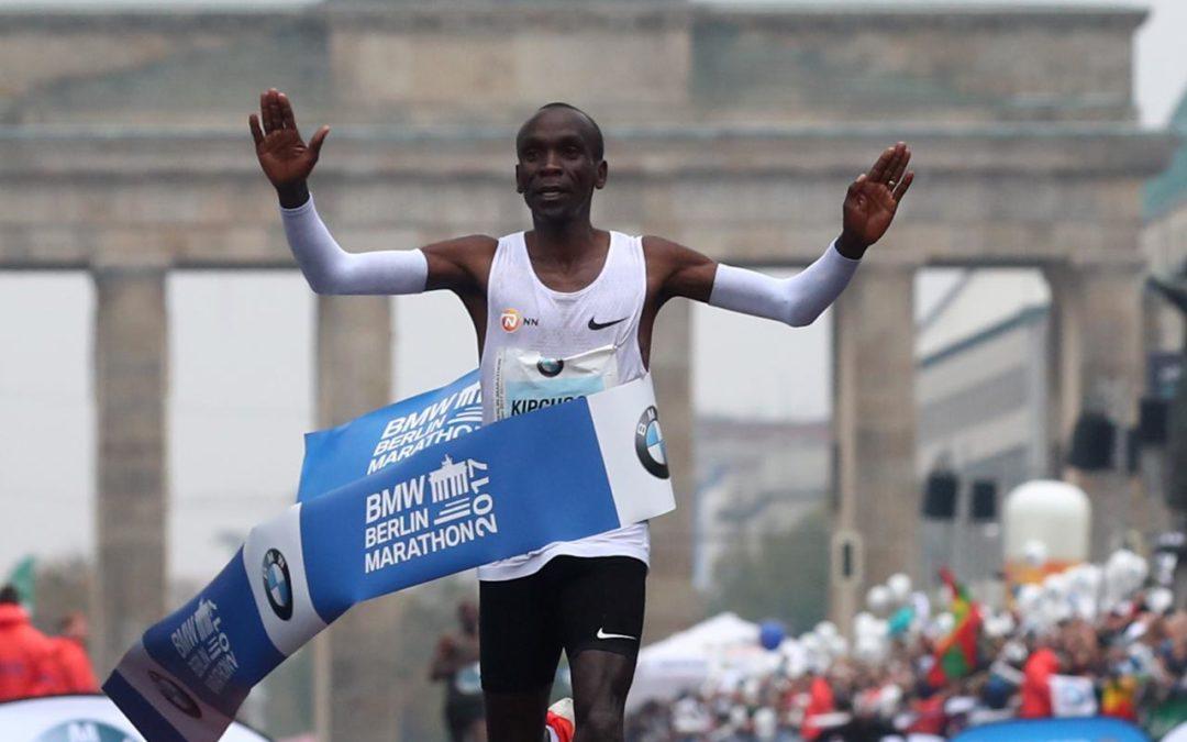 Athletics: Kipchoge misses record in rainy Berlin triumph