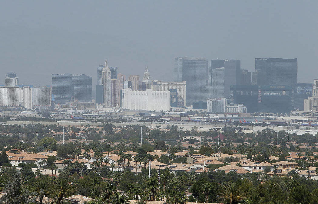 Haze from western wildfires penetrates Las Vegas Valley