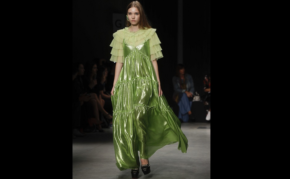 Asymmetrical cuts by Japan's Ujoh close Milan Fashion Week