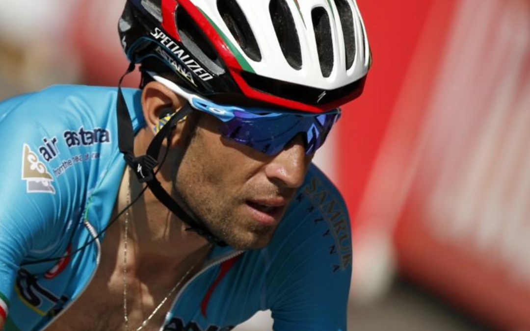 Cycling: Nibali eats into Froome's Vuelta lead on tricky stage