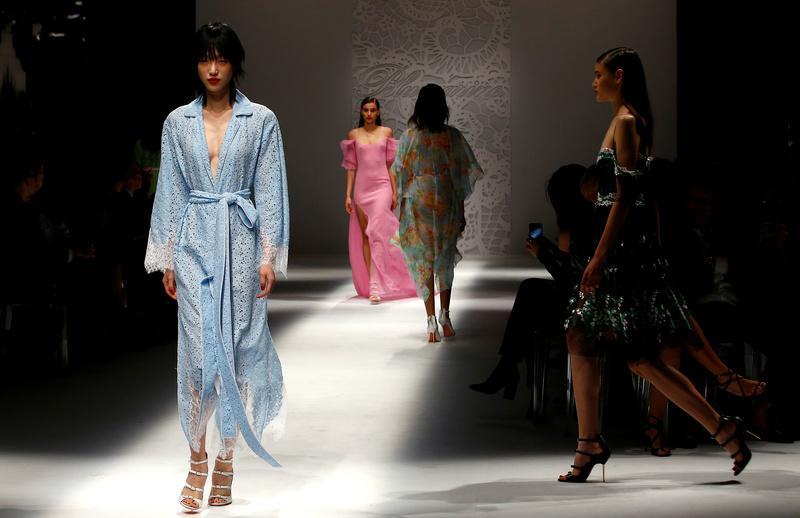 Bottega Veneta's neoclassical look and Blumarine's boudoir on show in Milan