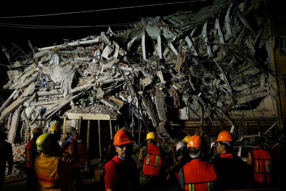 Rescuers search rubble of school as Mexican quake toll hits 217