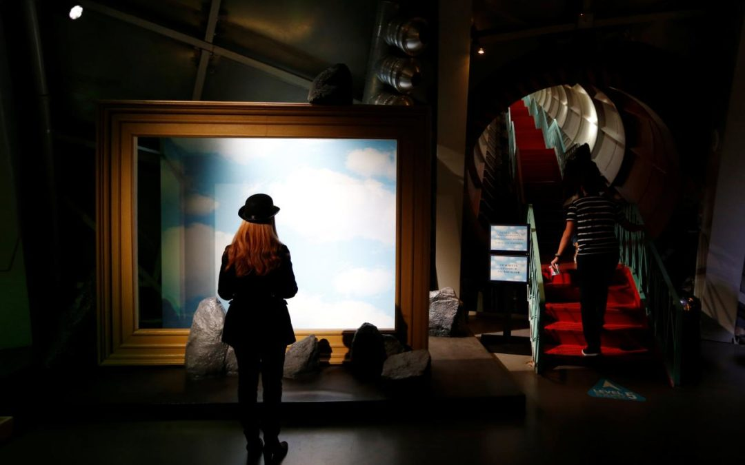 Magritte exhibit opens in Brussels 50 years after his death