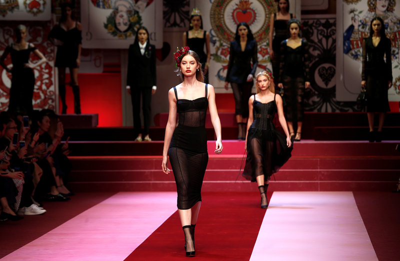 Dolce & Gabbana play their trump card with queen of hearts collection