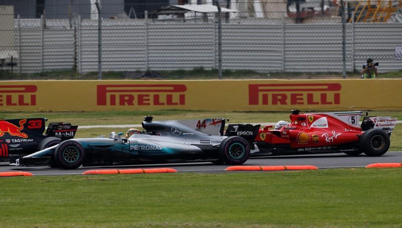 Hamilton and Vettel collide in Mexican GP start