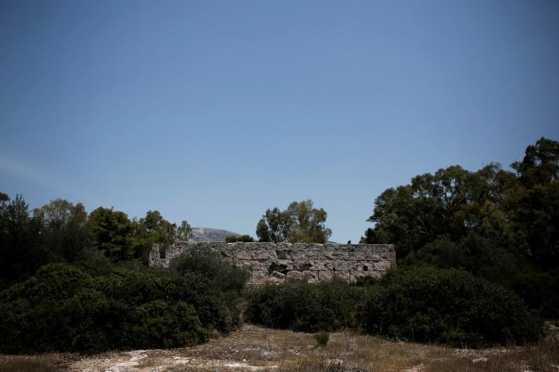 Greek archaeologists clear way for Hellenikon resort
