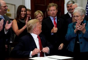 s3.reutersmedia-18-300x206 Trump signs order circumventing Obamacare rules Politics Top Stories [your]NEWS