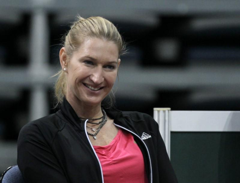 Tennis: Graf backs Williams to break Court's record