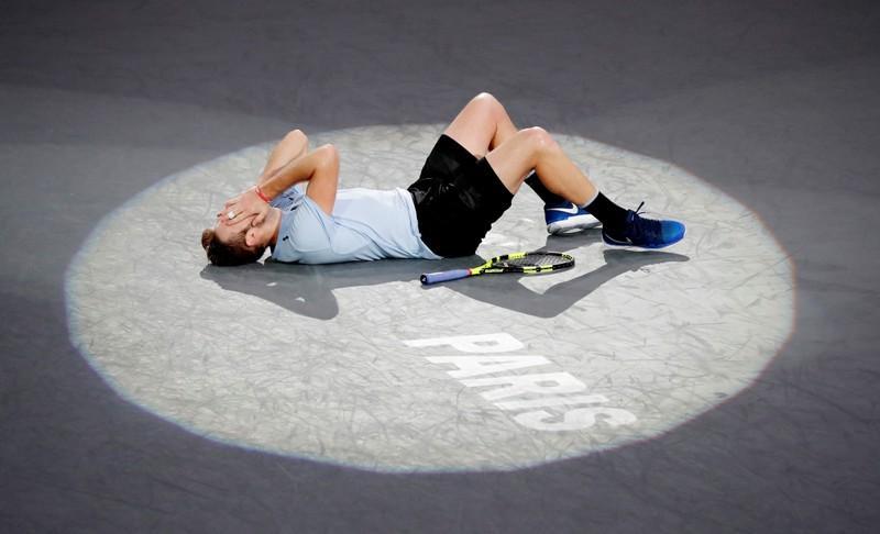 Sock snatches last ATP Finals spot with Paris title
