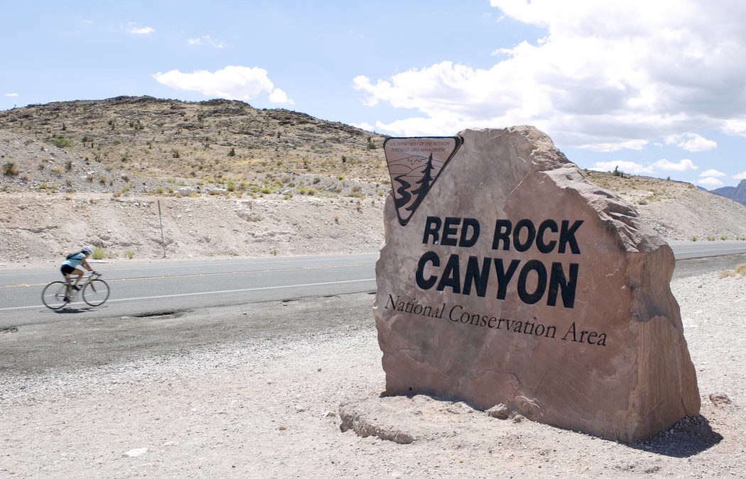Hiker dies in Red Rock Canyon after falling near overlook