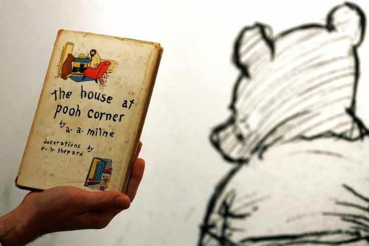 Move over Paddington…winnie-the-pooh to Bear All in London Show