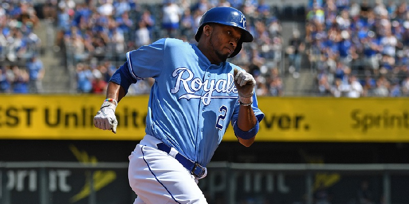 Royals Ss Escobar Returns on One-year Contract
