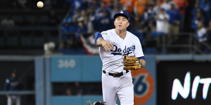 Dodgers' Utley Returning for 16th Season
