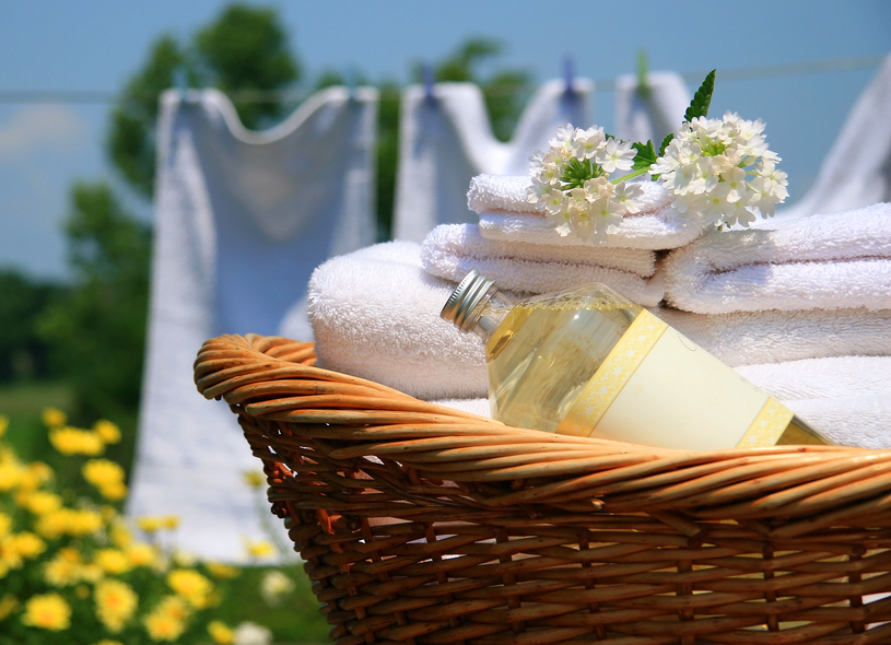 Natural, Homemade Alternatives to Toxic Dryer Sheets