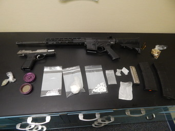Traffic Stop Nets Guns, Drugs and Three Arrests on Interstate 65