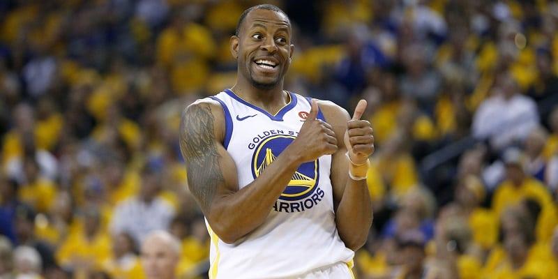 Warriors dismantle Spurs in series opener