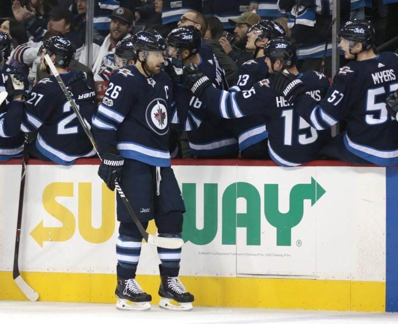 Jets win first playoff series with Game 5 shutout of Wild