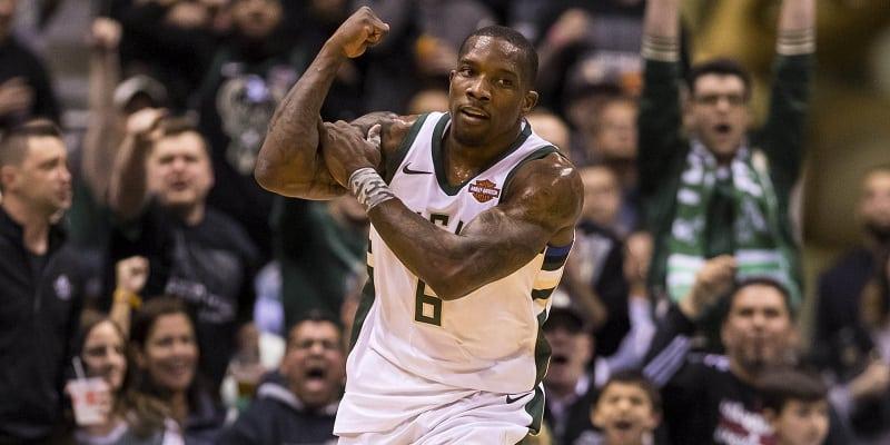NBA roundup: Bucks rout Celtics, close series gap to 2-1