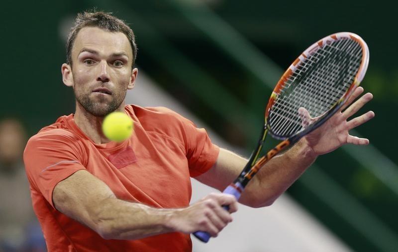 Karlovic beats former Barcelona Open champion Robredo