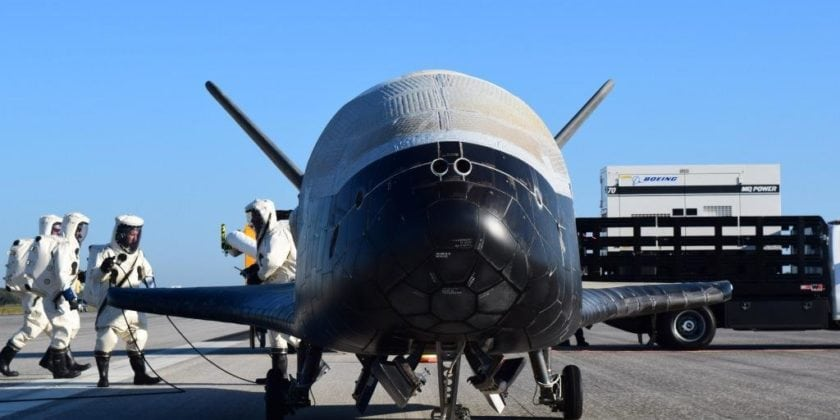 Secretive X-37B Military Space Plane Wings Past 200 Days in Orbit