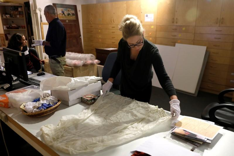 Israel's Holocaust museum appeals for artifacts as survivors dwindle