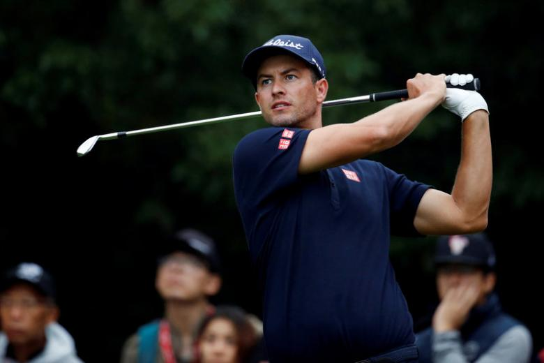 Scott uses long putter again, Kim brimming with confidence