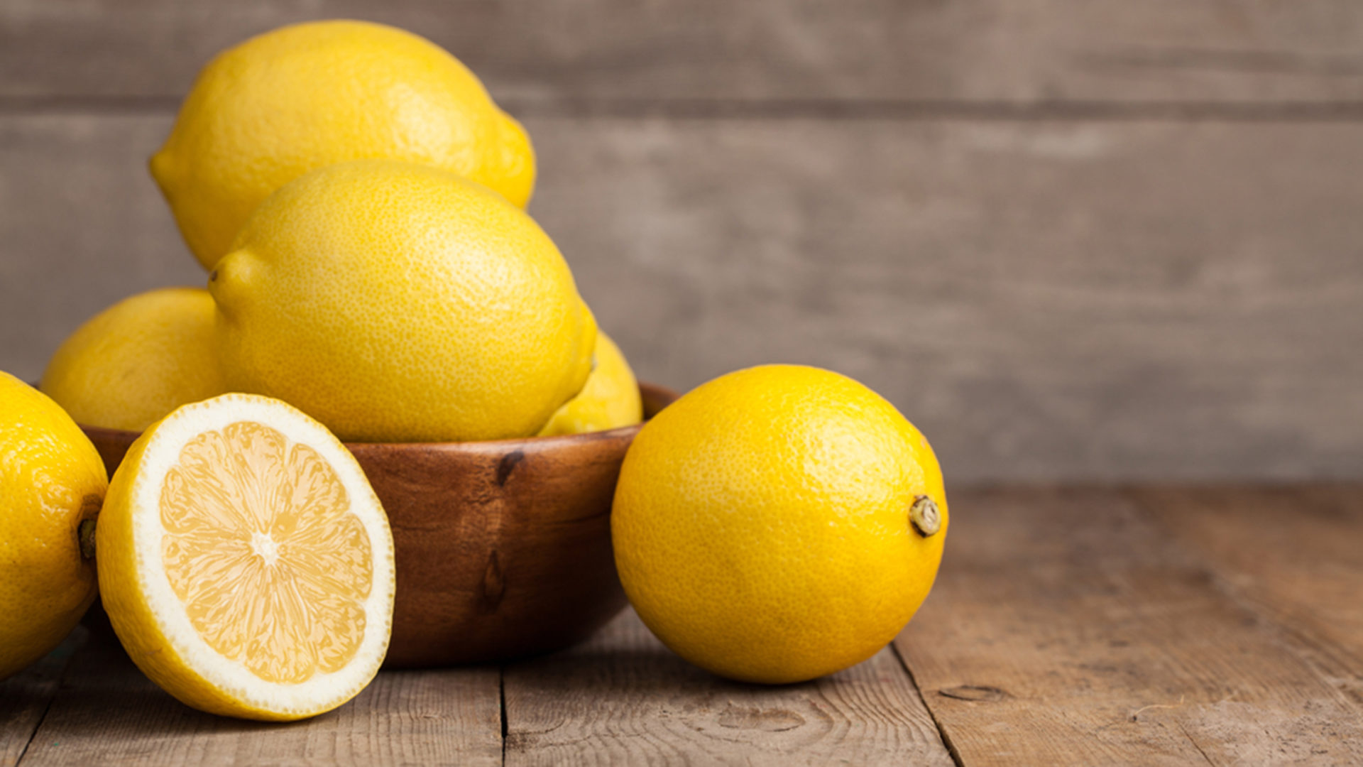 Compounds in lemon found to effectively fight cancer without