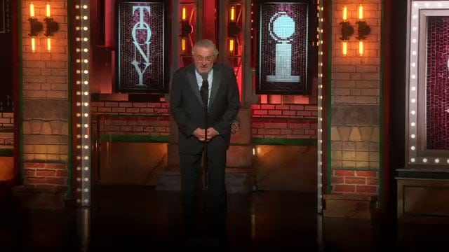 ROBERT DE NIRO IS AN ANGRY OLD MAN WHO HASN'T BEEN IN A GOOD MOVIE SINCE THE 90'S