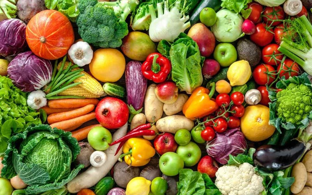There is a direct link between eating raw fruits and vegetables and your mood