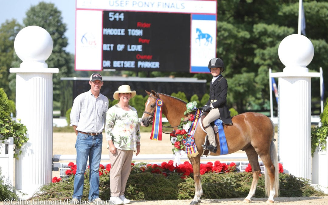 Maddie Tosh Jumps to Small Regular Pony Hunter Championship with Bit of Love at 2018 USEF Pony Finals