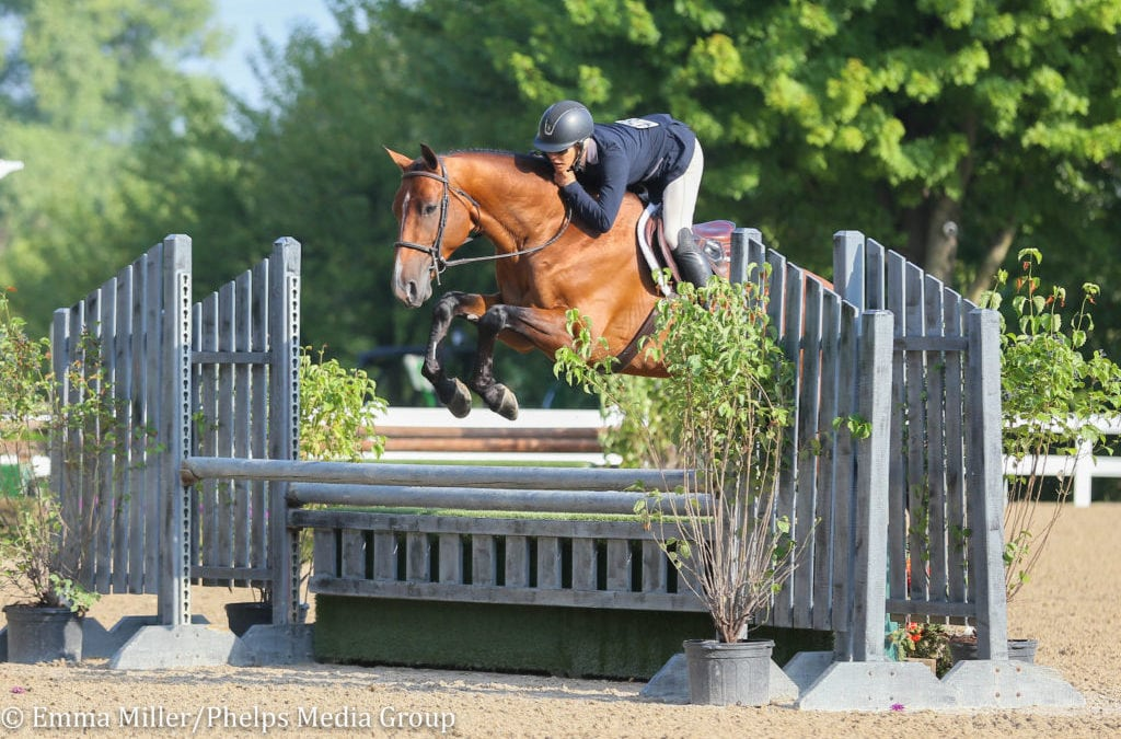 Holly Shepherd and Jerez Mail Continue Winning Streak in Equifest III's $5,000 USHJA National Hunter Derby Sponsored by CWD