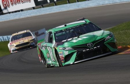 NASCAR notebook: Kyle Busch overcomes fueling snafu to finish 3rd