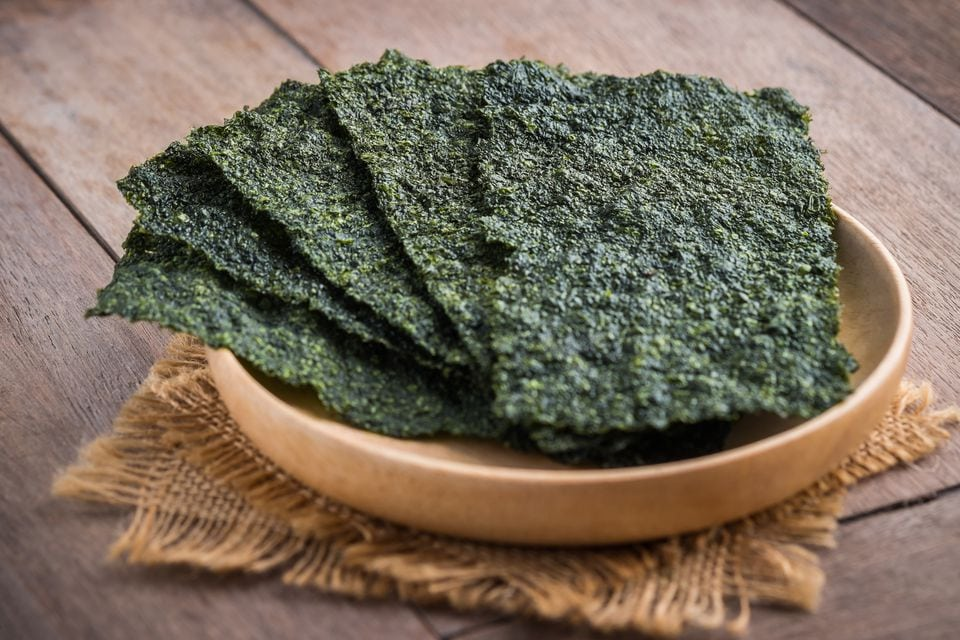Study: You can reshape your gut microbiome for the better by eating more nori