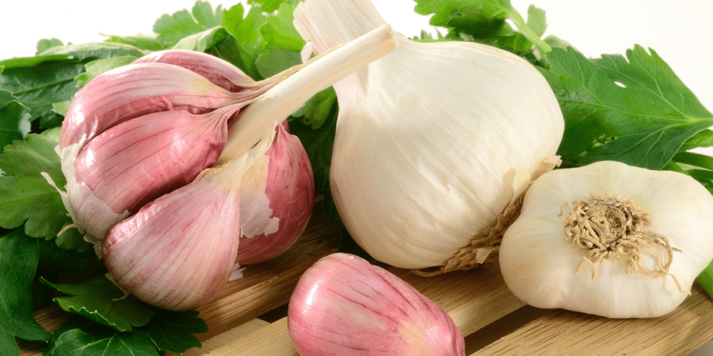 For the guys: Eat more garlic to prevent prostate gland enlargement