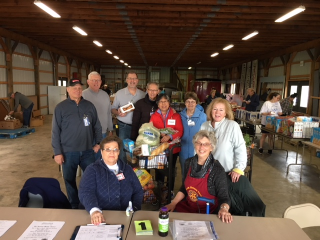 Newark Rotarians Support Foodlink Mobile Pantry