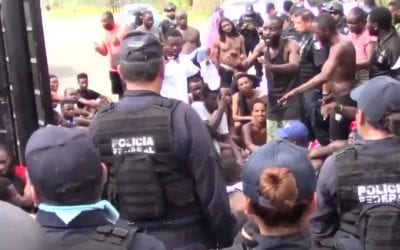 VIDEO: NATIONAL GUARD AT MEXICO-GUATEMALA BORDER HOLD BACK SURGE OF AFRICAN MIGRANTS