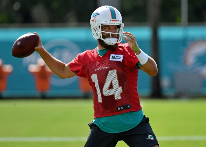 Flores: Dolphins QB competition still open