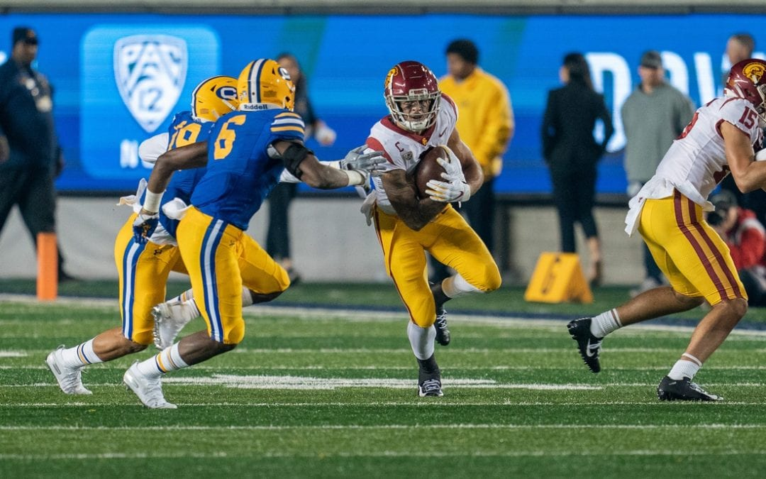 Slovis throws 4 TDs, USC cruises by Cal