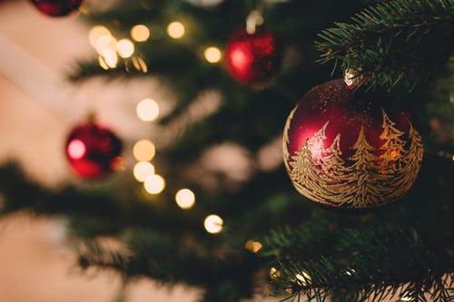 Public Invited To Annual Governor's Christmas Tree Lighting On Monday