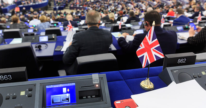 EU REMOVES NATIONAL FLAGS FROM EUROPEAN PARLIAMENT, FARAGE SAYS – [your]NEWS