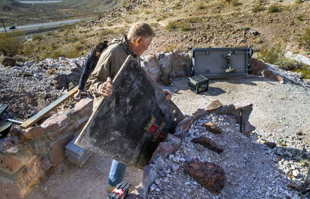 Boulder City mine shaft dweller meets deadline to vacate
