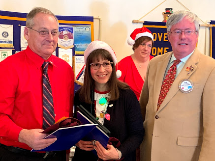 New Members inducted into Newark Rotary