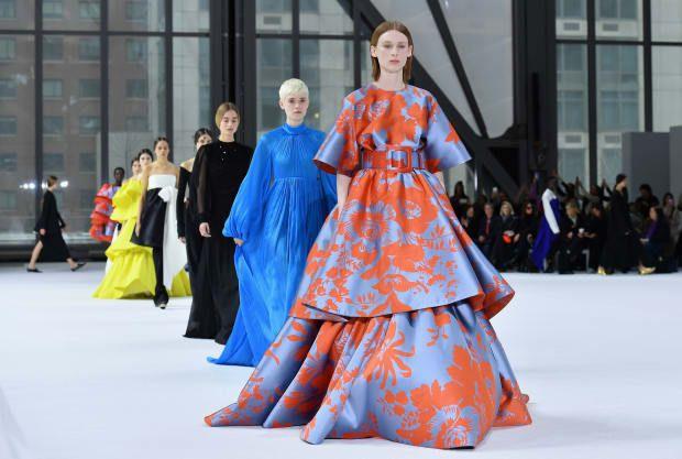 Color reigns at Carolina Herrera show
