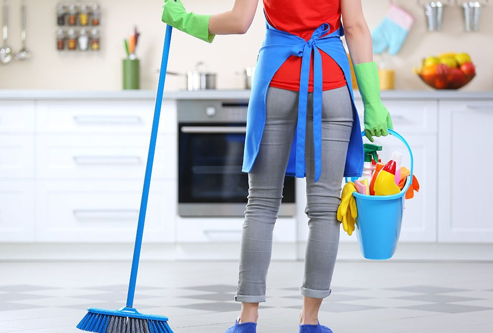 BLEACH NOT VINEGAR: HOW TO CLEAN YOUR HOME TO KILL CORONAVIRUS