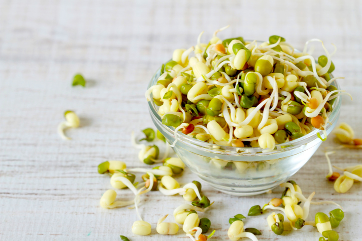 You should be growing these 5 sprouts today – your body will thank you later