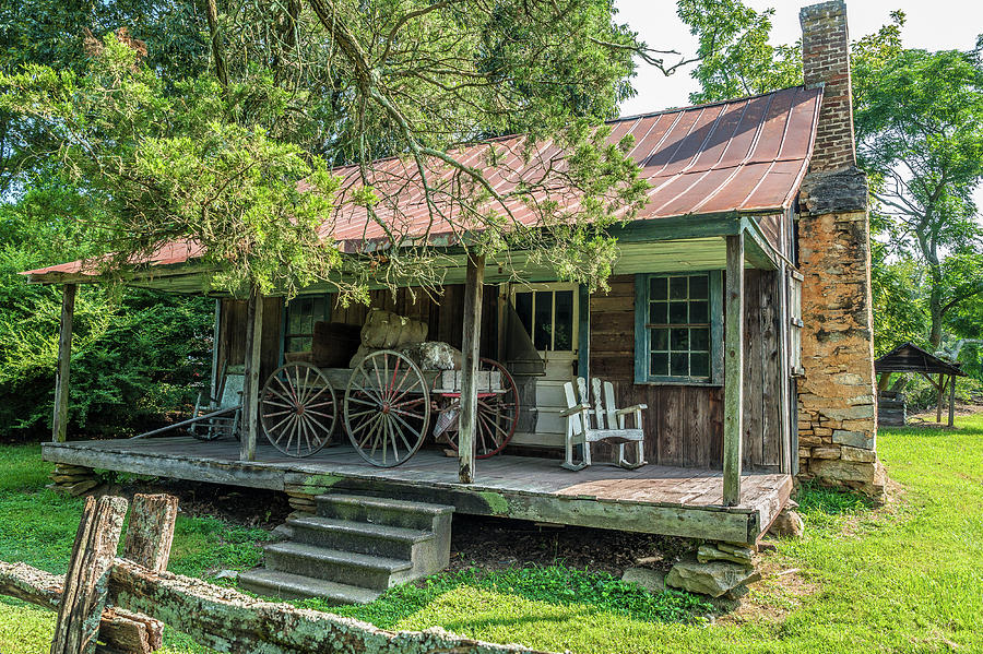 Homeowner tips: 5 Challenges you may face in a rural homestead