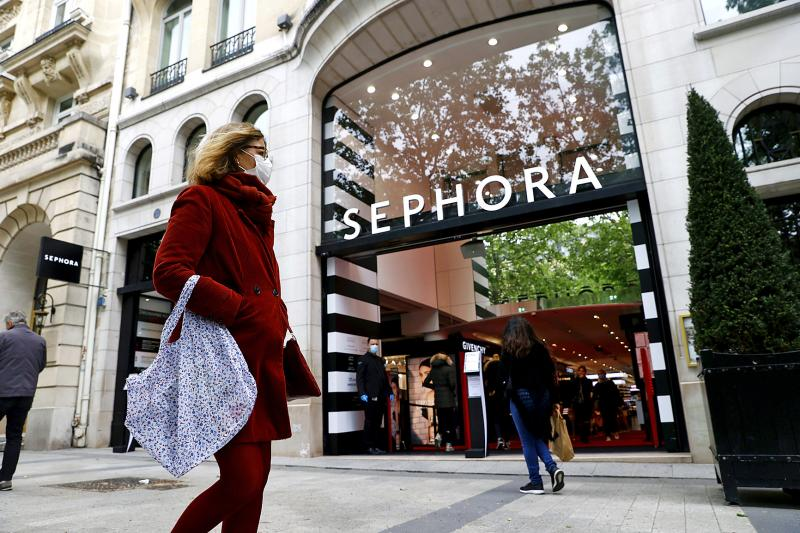 Pampering time: Parisians seek post-lockdown beauty upgrade