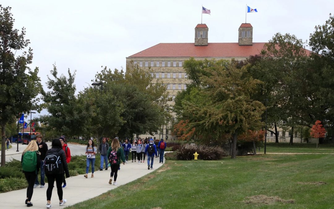 KU Faculty Leaders Say In-Person Class Mandate Is 'Unwieldy, Discriminatory And Perhaps Illegal'
