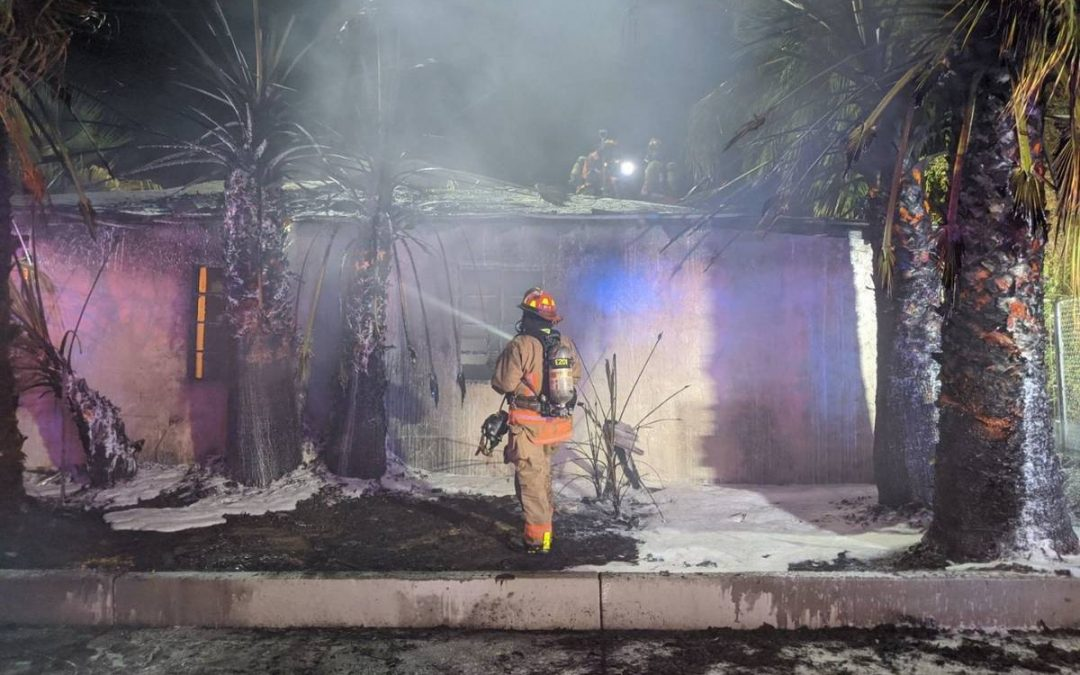 House fire displaces 2 in downtown Las Vegas