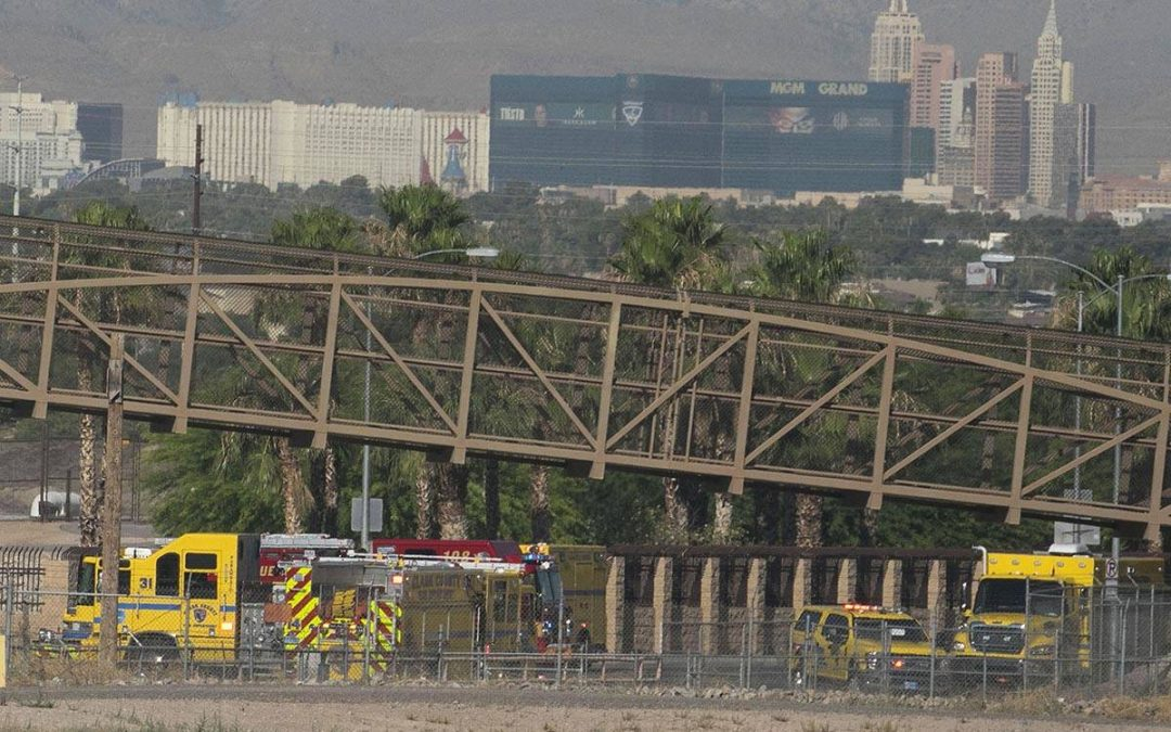 Brush fire in east Las Vegas Valley diverts traffic